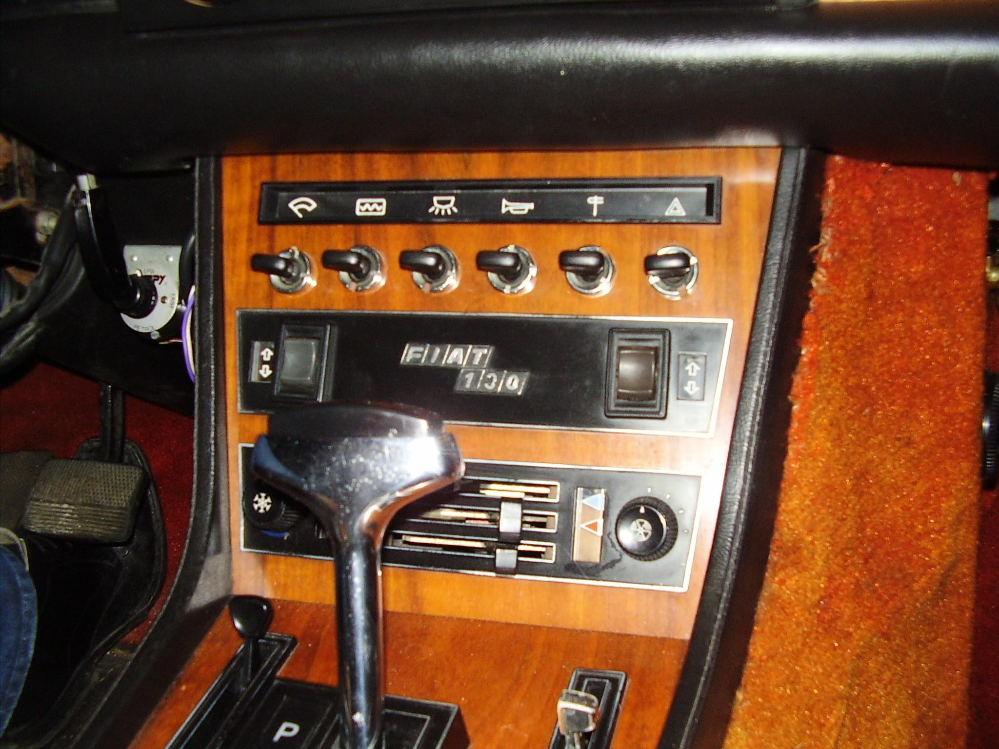 interieur Fiat 130 Coupe