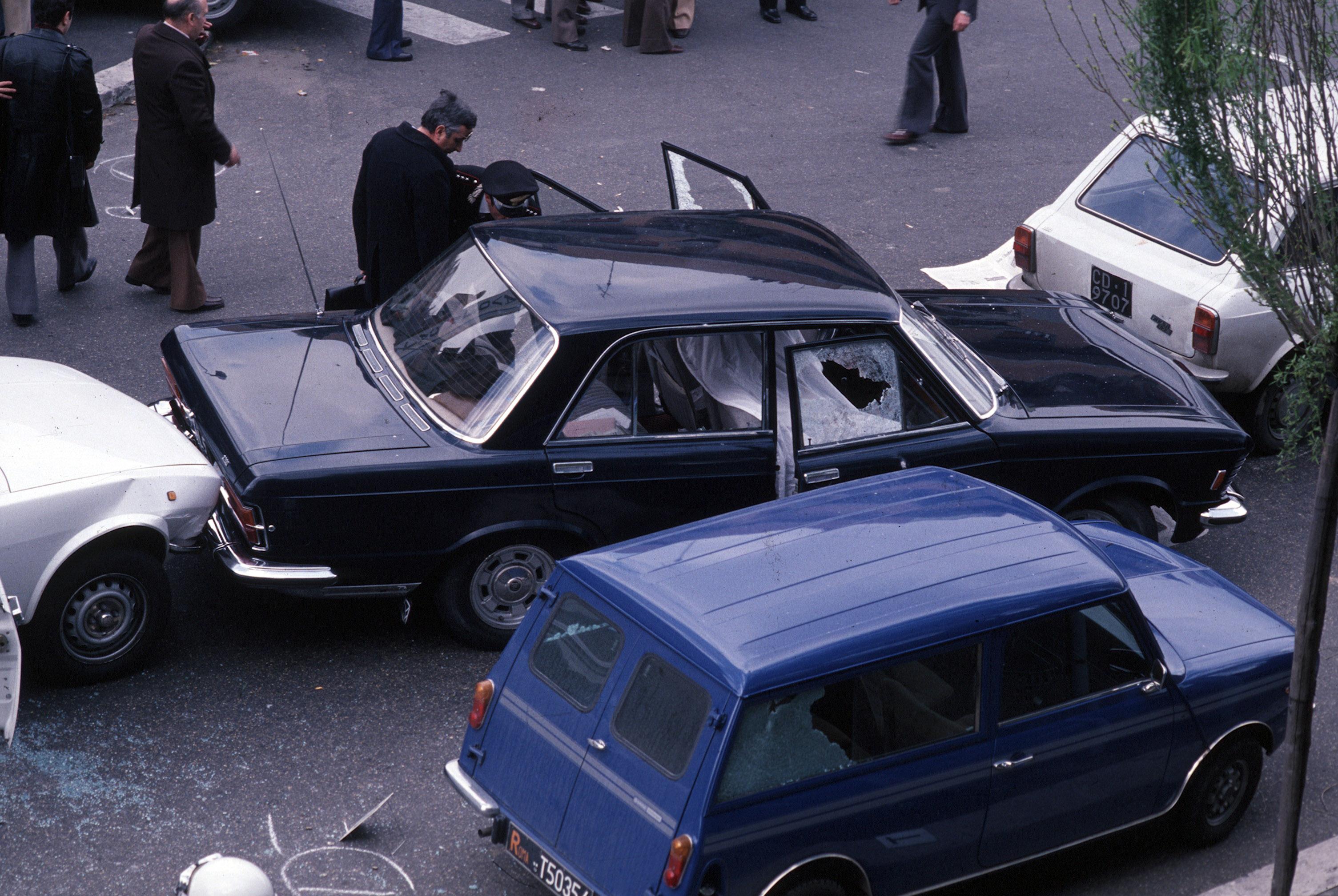 Via Fani Aldo Moro's Fiat 130