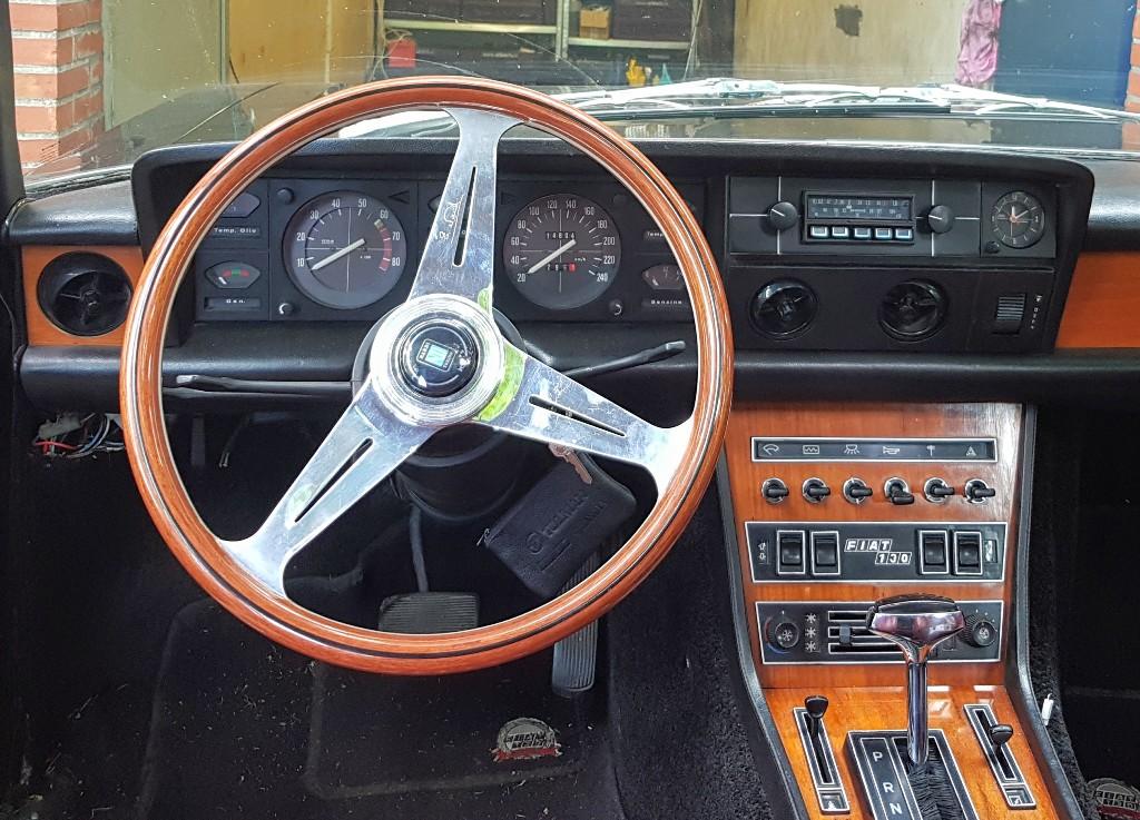 Fiat 130 21-YA-49