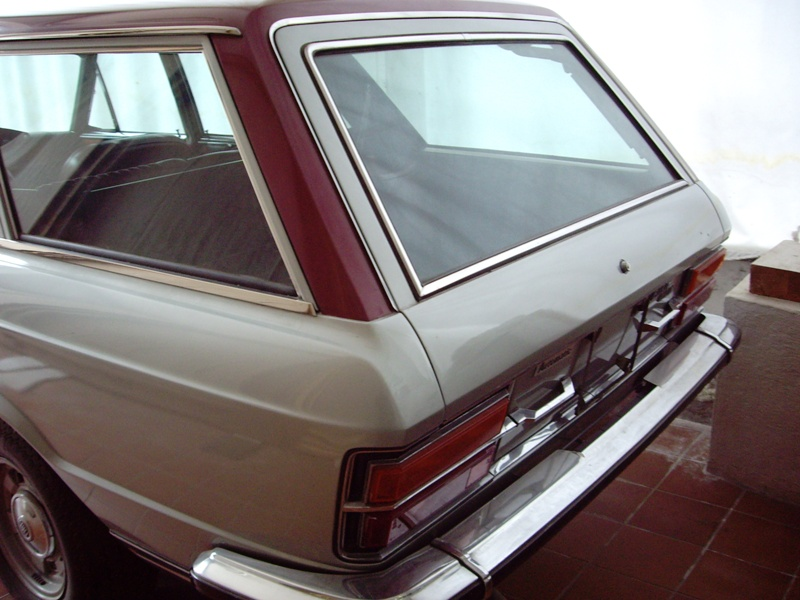 Fiat 130 Familiare `Redroof`