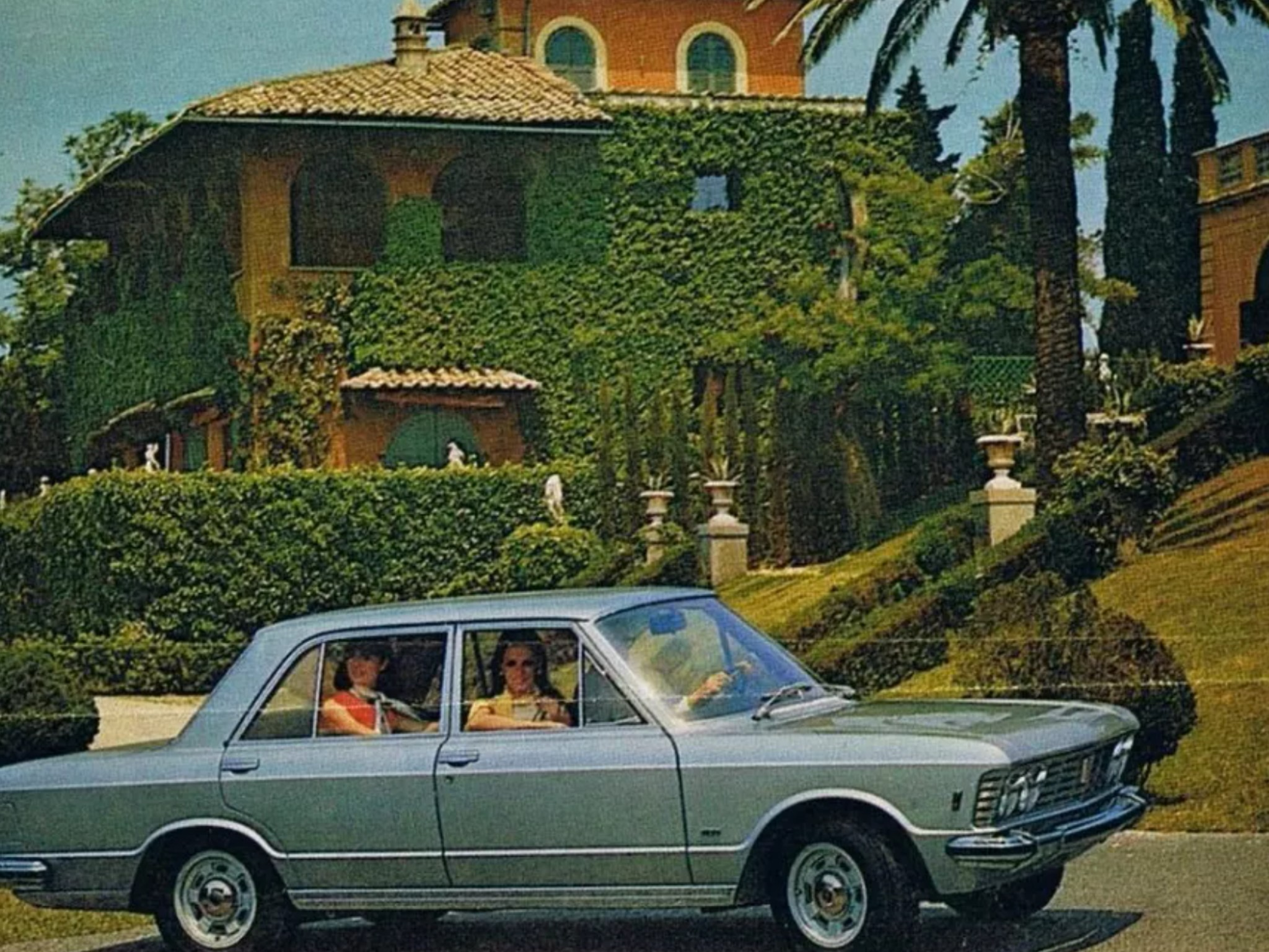 Fiat 130 berlina Portofino