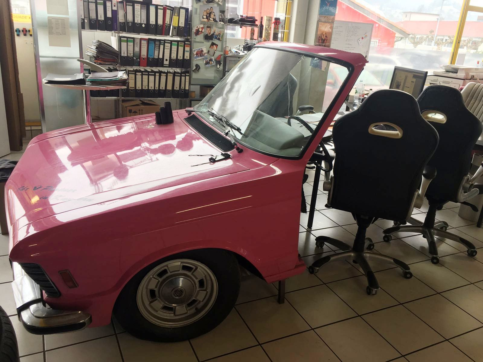 Fiat 130 couch